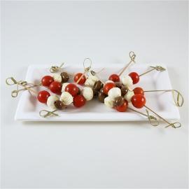 Brochettes tomates mozzarella olives taggiasche